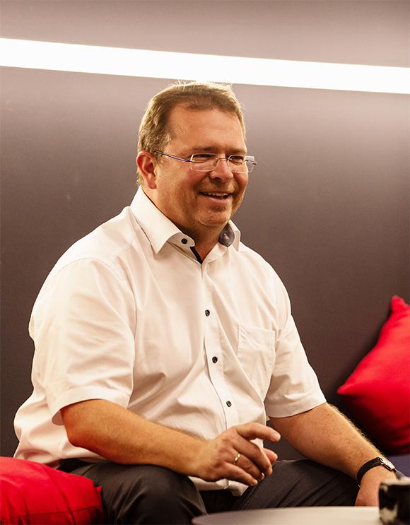 Wolfgang Neumeier, Leasingspezialist