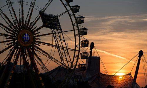 Olympiapark, Karussell, Stadion, Riesenrad, München, Sonnenuntergang